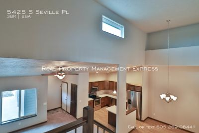 New 3 bedroom Luxury town home with 2 stall garage