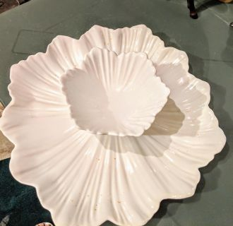 White CERAMIC Flower plate and dipping Bowl