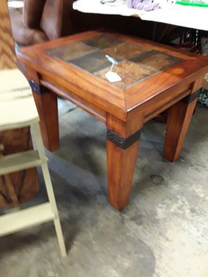 End table $40 Vendor MSR in the seating area at the Bear Brass Bear 2652 Valleydale Rd Birmingham-- Hoover area AL 35244 205 566 0601