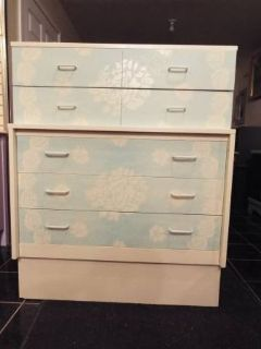Chest of Drawers*Vintage*5 Drawers*Lace*Like New Cond