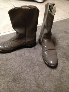 Taupe Ropers 7