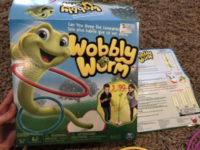 Wobbly Worm game $5
