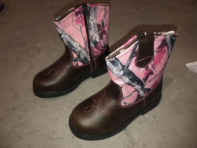 Girls Northside Pink Camo Brown Manmade Leather Boots Size 4 (not toddler size)