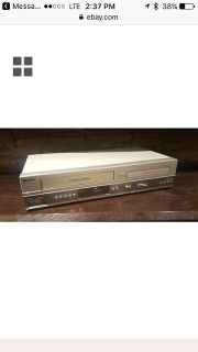 Combo VHS DVD player w remote