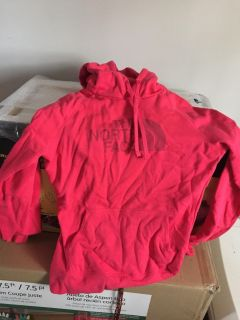 NWOT PINK NORTH FACE PULLOVER
