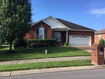 3 br plus bonus room. 2.5 bath.2,273 sq ft. Enclosed porch, covered patio, and so many extras. In popular Twin Eagles in Gallatin. Nice!!!