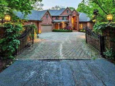 17450 W River Road Bowling Green Five BR, A SPECTACULAR HOME