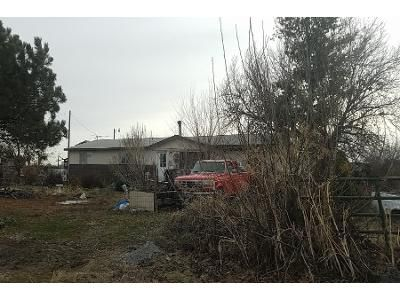3 Bed 2 Bath Preforeclosure Property in New Plymouth, ID 83655 - NW 1st Ave