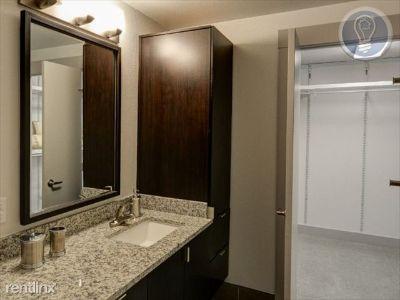 1 bedroom in Dallas