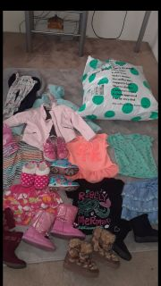 Huge 82 piece toddler 3 & 4 girls clothing lot and shoes