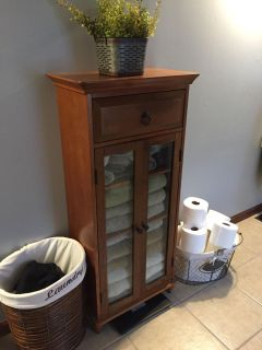 Small cabinet stand