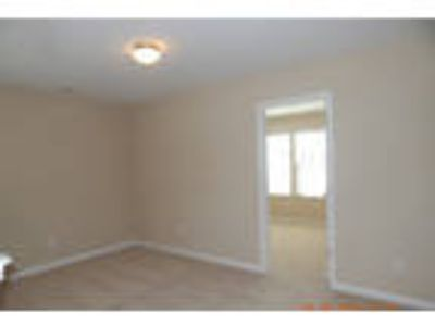 Move-in condition, 3 BR 2.50 BA