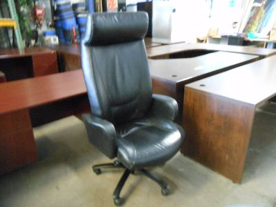 Haworth Monaco Used Leather Conference Chair - Black
