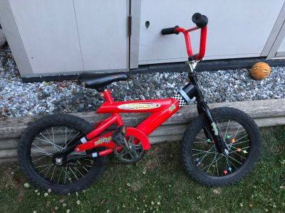 16 kids bike - to trade for a smaller bike