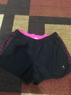 Great Condition Champion shorts size large