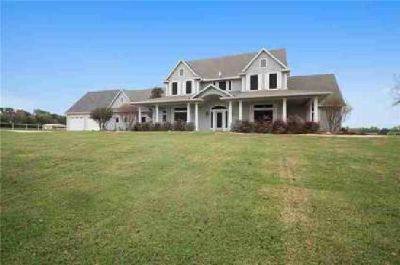 7700 County Road 314 Terrell Five BR, Incredible luxury home on
