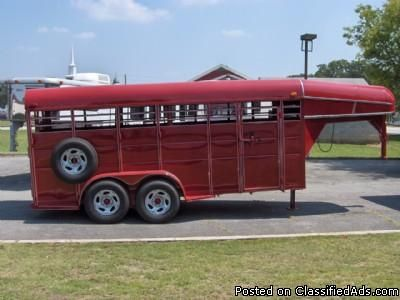 2009 Calico 16' Stock horse trailer