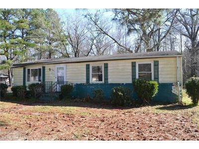 3 Bed 2 Bath Foreclosure Property in Suffolk, VA 23434 - Blythewood Ln