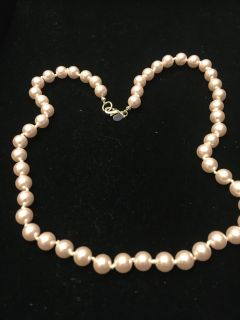 Pinkish Pearl Necklace