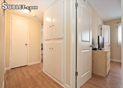Three Bedroom In West Los Angeles