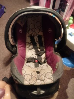 Evenflo infant car seat and base expires 02/2020