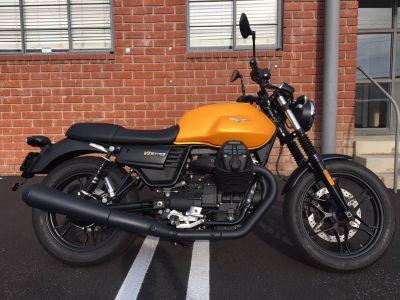 2018 Moto Guzzi V7 III Stone Street Standard Marina Del Rey, CA
