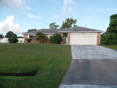 3 Bed 2 Bath Foreclosure Property in Port Saint Lucie, FL 34953 - SW Ridgecrest Dr