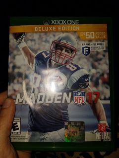 Xbox One Madden 17 Deluxe Edition