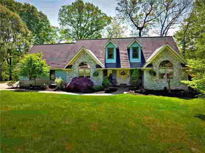 127 Bel Aire Dr Monroeville Three BR, This Stunning Suncrest home