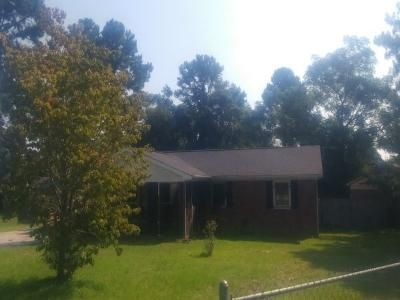 3 Bed 2 Bath Foreclosure Property in Fayetteville, NC 28311 - Danbury Rd