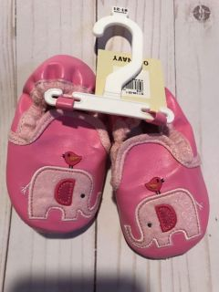 Girls pink slippers size 12-18 months Old Navy