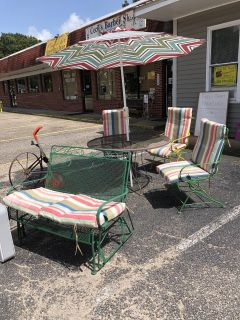 Picnic Table and chairs with glider