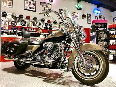 2004 Harley-Davidson ROAD KING CUSTOM