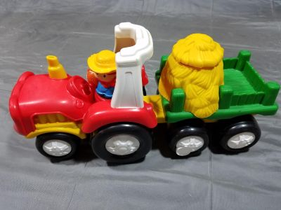 Fisher Price Little People Farm Tractor & Hay Wagon