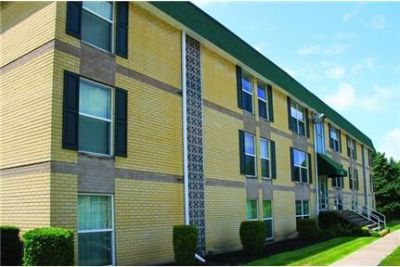 2 bedrooms - Whisperwood Apartments Susquehanna Township.