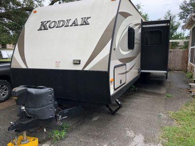 2015 Dutchmen Kodiak 300BHSL