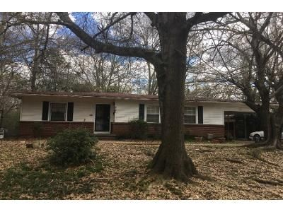2 Bed 1 Bath Foreclosure Property in Jackson, MS 39206 - Oaklawn Dr