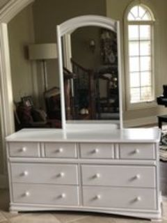 Long white dresser w mirror