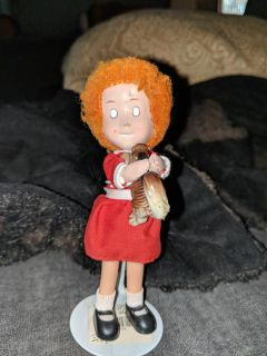 Vintage Annie Mini Doll by Applause with stand and dog/squirrel creepy