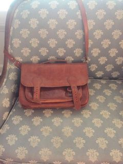 Handcrafted leather bag