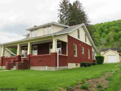 161 Long Street Spring Mills Three BR, Country Charmer Alert!