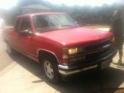 $3,300, 98 Chevy silverado 1500 extended cab for sale with cold ac