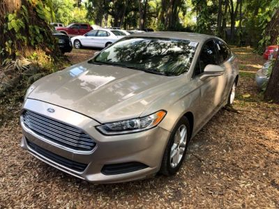 2015 Ford Fusion SE (Gold)