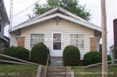 Single-family home Rental - 1233 Concord Ave