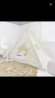 Play tent / bed (mattress not included)