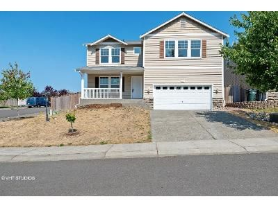 4 Bed 2.5 Bath Foreclosure Property in Spanaway, WA 98387 - 202nd St E