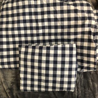 Navy Blue and White Checked Duvet Bed Spread With Pillow Sham Twin Size.