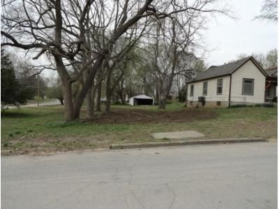 2 Bed 1.0 Bath Foreclosure Property in Atchison, KS 66002 - Mound St