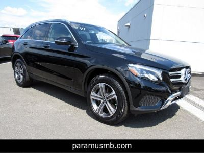 2019 Mercedes-Benz GLC (black)
