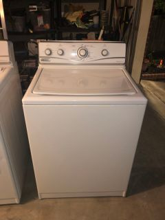 Maytag Performa Washer and Dryer set - working